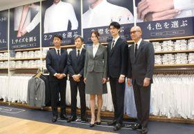 ユニクロが期間限定で開設した東京・銀座店の特設売り場=14日