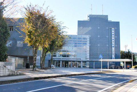 【新型コロナ】議員感染の神奈川・南足柄市議会 5人欠席で臨時会開催