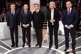 テレビ討論会に出席したフランス大統領選候補者の(左から)フィヨン氏、マクロン氏、メランション氏、ルペン氏、アモン氏=20日、パリ近郊(AP=共同)