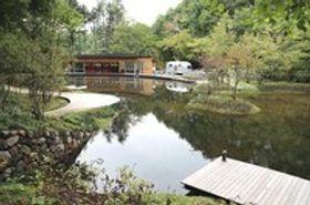 軽井沢の森、リンクの散歩楽しんで 11月18日から営業